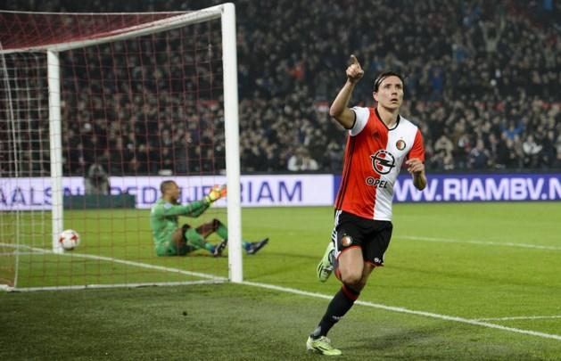 Steven Berghuis speelt ook komend seizoen bij Feyenoord