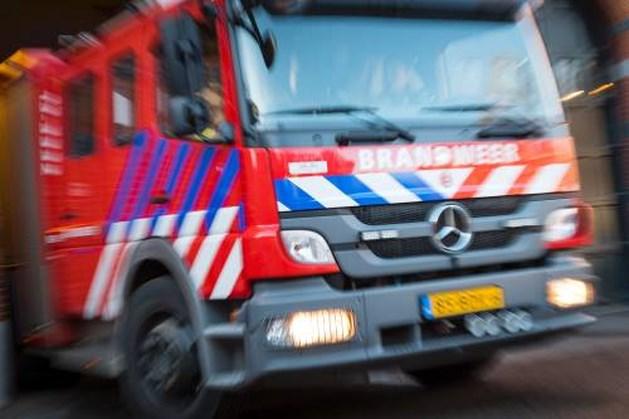 Vrouw onderuit met motor bij afrit Roermond-Oost op A73