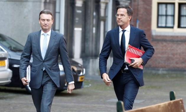 PvdA dreigt alsnog stekker uit kabinet te trekken om lerarensalarissen