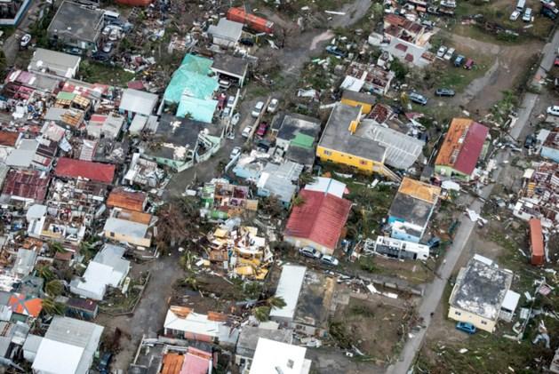 LIVE: Zeker een dode op Sint Maarten, nauwelijks contact met inwoners