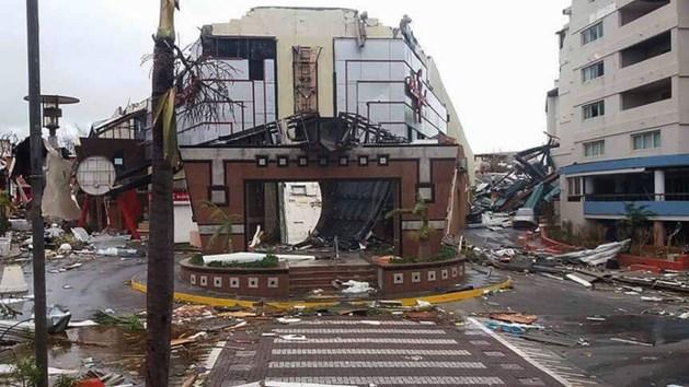 LIVE: Veertien doden in rampgebied en complete ravage op Sint Maarten