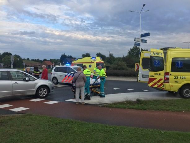 Fietser aangereden door personenauto in Belfeld