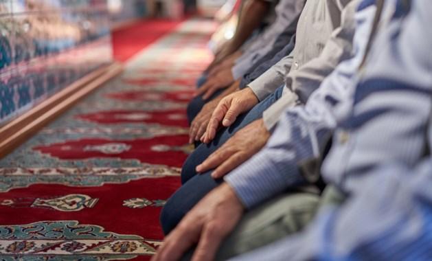 Zorg om groei salafisme, meer moskeeën onder invloed