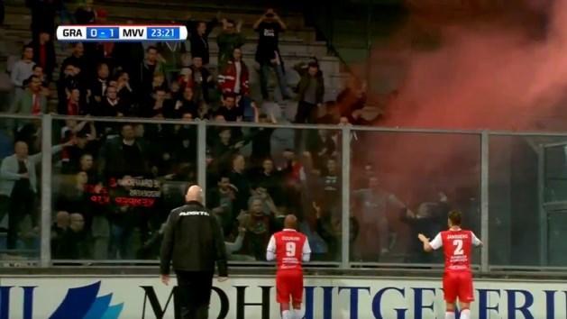 Tijdelijk stadionverbod voor MVV-supporter met vuurwerk