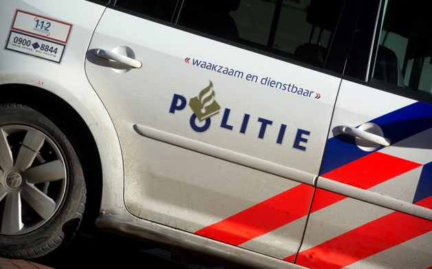 Werkstraf geëist tegen drugsgebruikende ambtenaar die inreed op politie