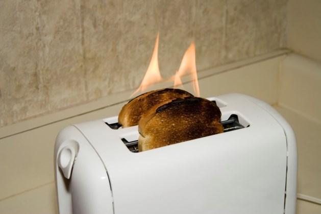 Ontruiming bij zorginstelling door brandende broodrooster