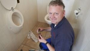 Energiebedrijf Essent gaat toiletpotten en wifi-routers repareren