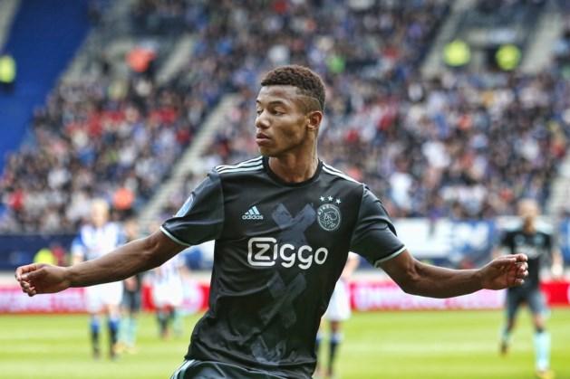 Ajax heeft weer even lucht na winst op Heerenveen