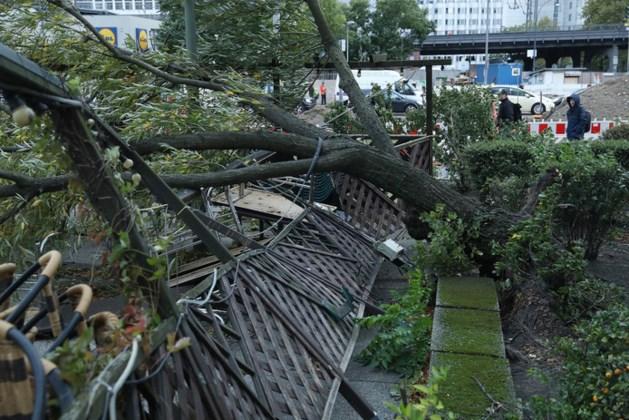 Doden en chaos door zware storm in Duitsland