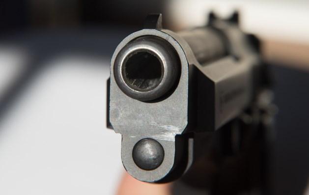 Politie zoekt man met skeletmasker na mogelijke schietpartij in Blerick