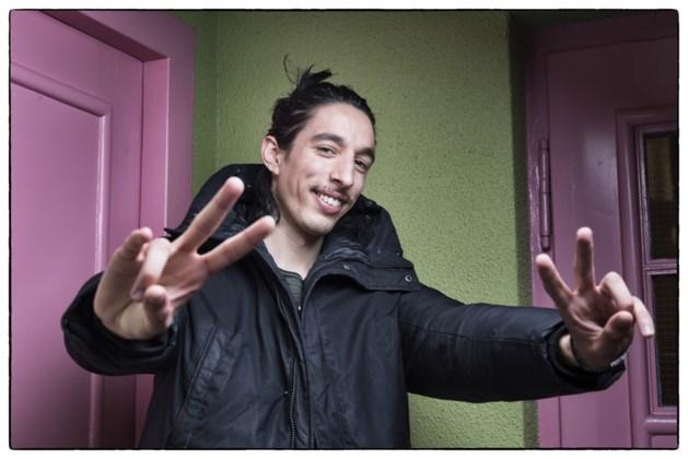 """Treitervlogger Ismail Ilgun: """"Ameland ligt in Limburg"""""""