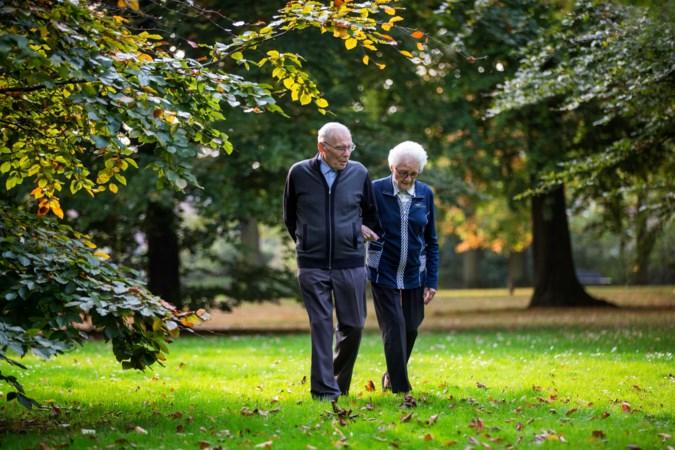 Deze mensen houden het al zeventig jaar met elkaar uit. Dit zijn hun tips!
