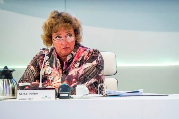 Burgemeester Pelzer onder vuur in Bergen
