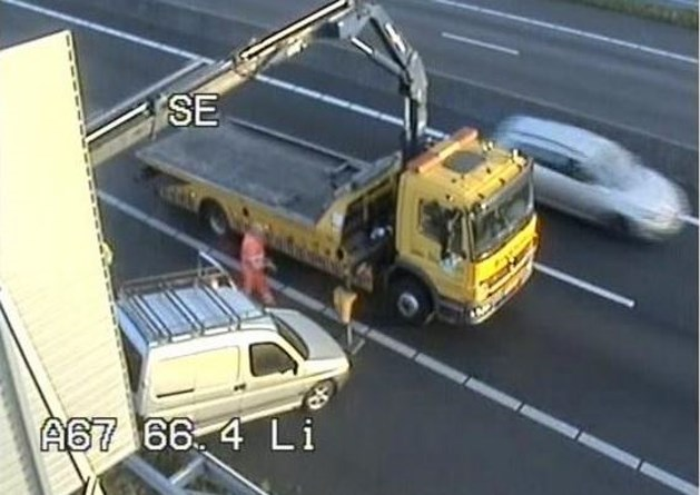 Kilometers file na ongeluk op A67 bij Venlo
