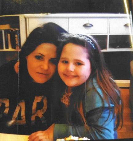Politie slaat alarm: moeder en dochter spoorloos verdwenen