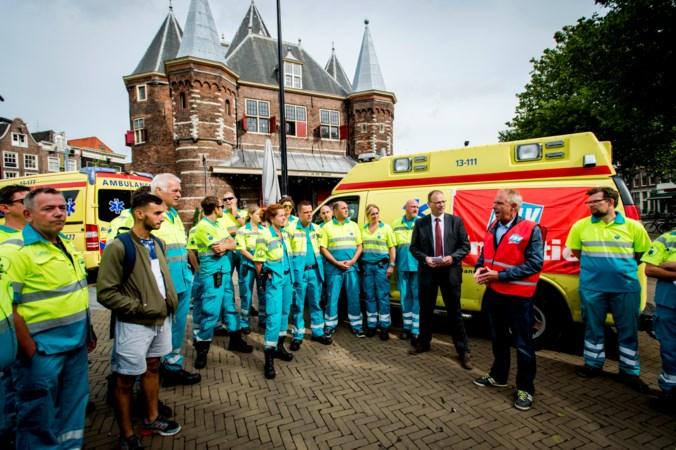Ambulancepersoneel legt werk neer vanwege onderbezetting en werkdruk