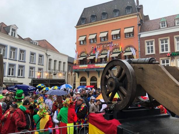 Vastelaovendsseizoen in Venlo geopend met elf kanonschoten