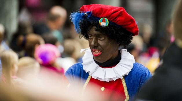 Cultuurminister: Ogen niet sluiten over Zwarte Piet