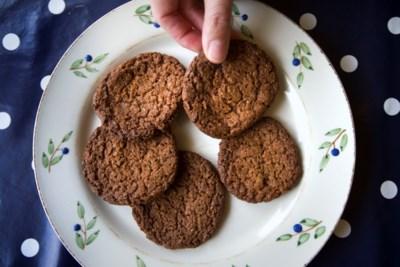 Je eet wat je haat: onkruid in de pan