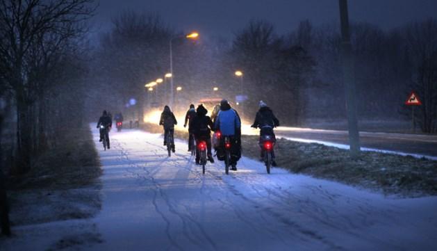 Verkeer opgelet: gladheid verwacht door winterse neerslag
