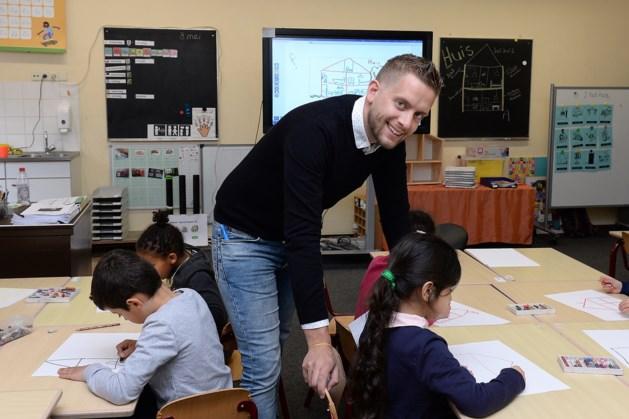 Boegbeelden van landelijke lerarenstaking stoppen ermee en gaan weer voor de klas staan