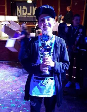 Tijn Bosch Nederlands DJ-kampioen tot 18 jaar