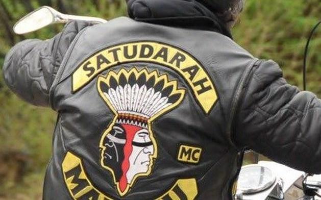 Politie pakt weer leden Satudarah op voor gijzeling en afpersing