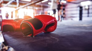 Ricardo Snijders verdedigt nationale bokstitel