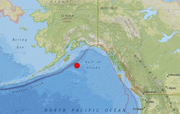Tsunamiwaarschuwing voor Alaska na zware aardbeving
