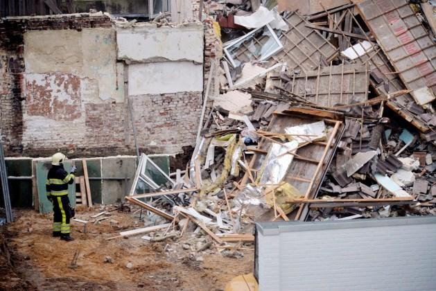 Onderzoek naar asbest in restanten van ingestorte huis