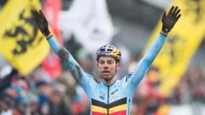 IJzersterke Van Aert verrassend wereldkampioen veldrijden