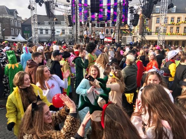 Traditionele Sjoliere Carnaval Sittard barst los