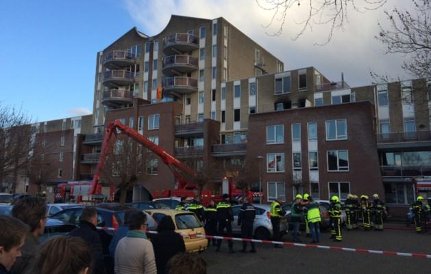 Zwaargewonde afgevoerd uit Venlose flatwoning