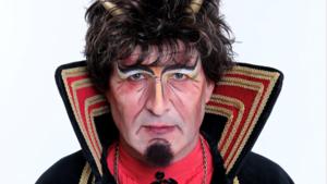 Barry van den Ham is Vors Lucifer in Steyl