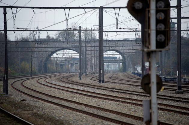 Stakingen hinderen OV in België, minder treinen vanaf Maastricht