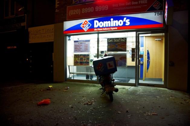 Pizzabezorger op gewelddadige wijze beroofd van geld
