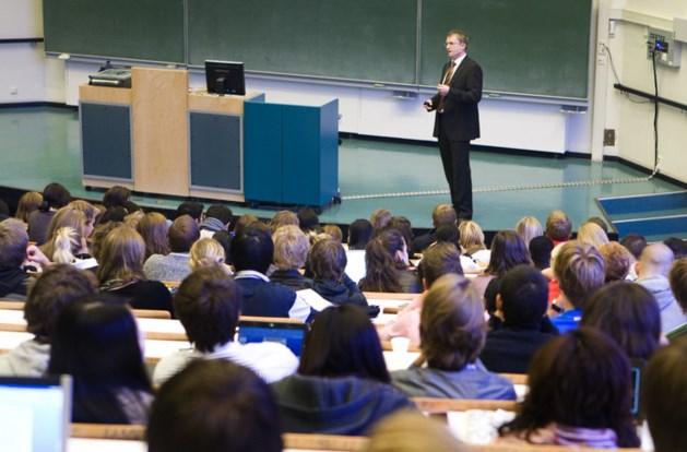 Segers pleit voor afschaffing leenstelsel voor studenten