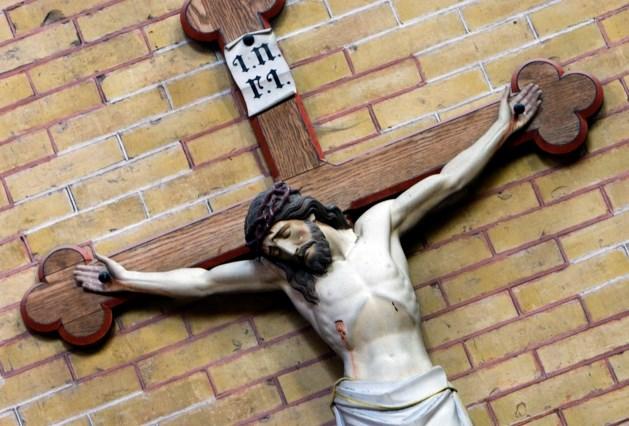 Misbruikslachtoffer sleept kloosterorde voor de rechter