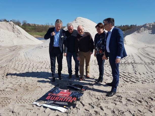 Philharmonie zuidnederland brengt 'Carmina Burana' in zandgroeve