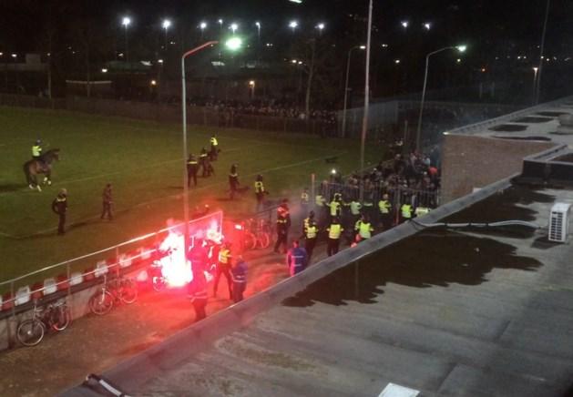 Rellen bij Helmond-stadion na verliespartij tegen MVV