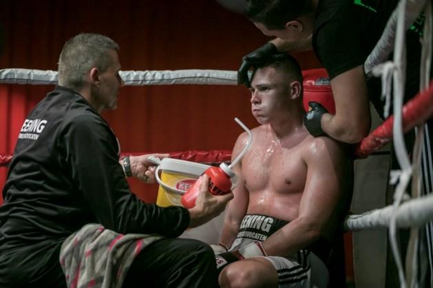 Ricardo Snijders bestendigt nationale titel met een KO-zege