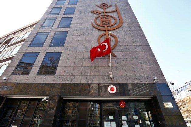 Vier mannen opgepakt voor plan aanslag Turkse consulaat Rotterdam