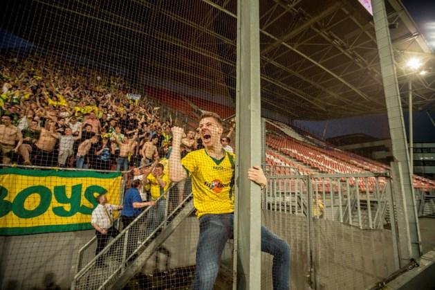 Live: Fortuna-fans vieren feestje in Utrecht