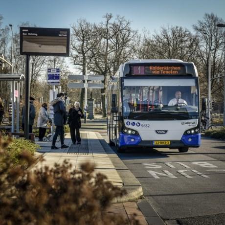Staking voor onbepaalde tijd: geen bussen en treinen vanaf maandag