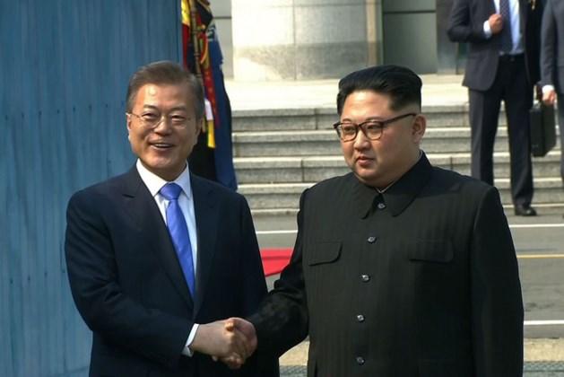 Koreaanse leiders schudden elkaar voor het eerst in 10 jaar de hand
