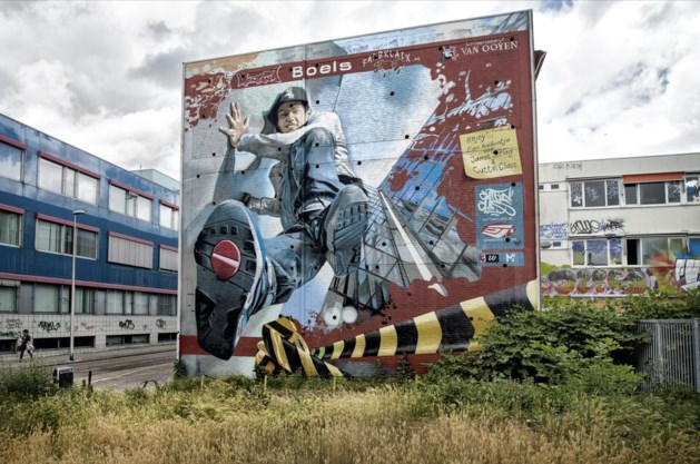 Eerste twee kunstenaars flatmural Heerlerbaan beginnen in augustus