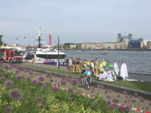 Drie Limburgers gewond bij botsing tussen watertaxi en sloep in Rotterdam