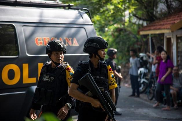 Zeker tien doden bij bomaanslagen op drie kerken in Indonesië