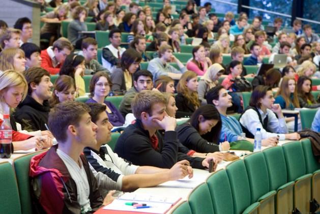 Vrijdag uitspraak over verengelsing van universiteiten