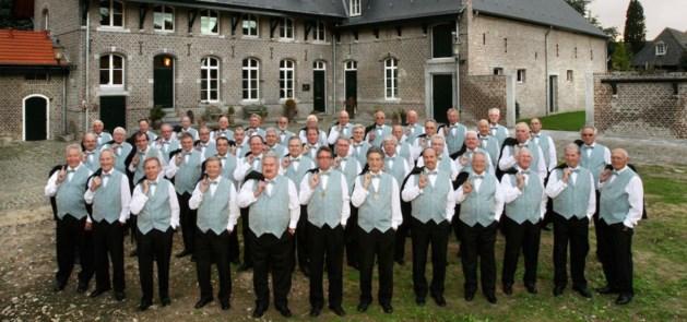 Mannenkoor Borgharen zingt met Pinksteren in de Lourdeskerk